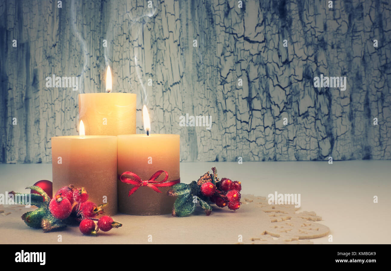 Advent candle stock photos advent candle stock images for Advent candle decoration