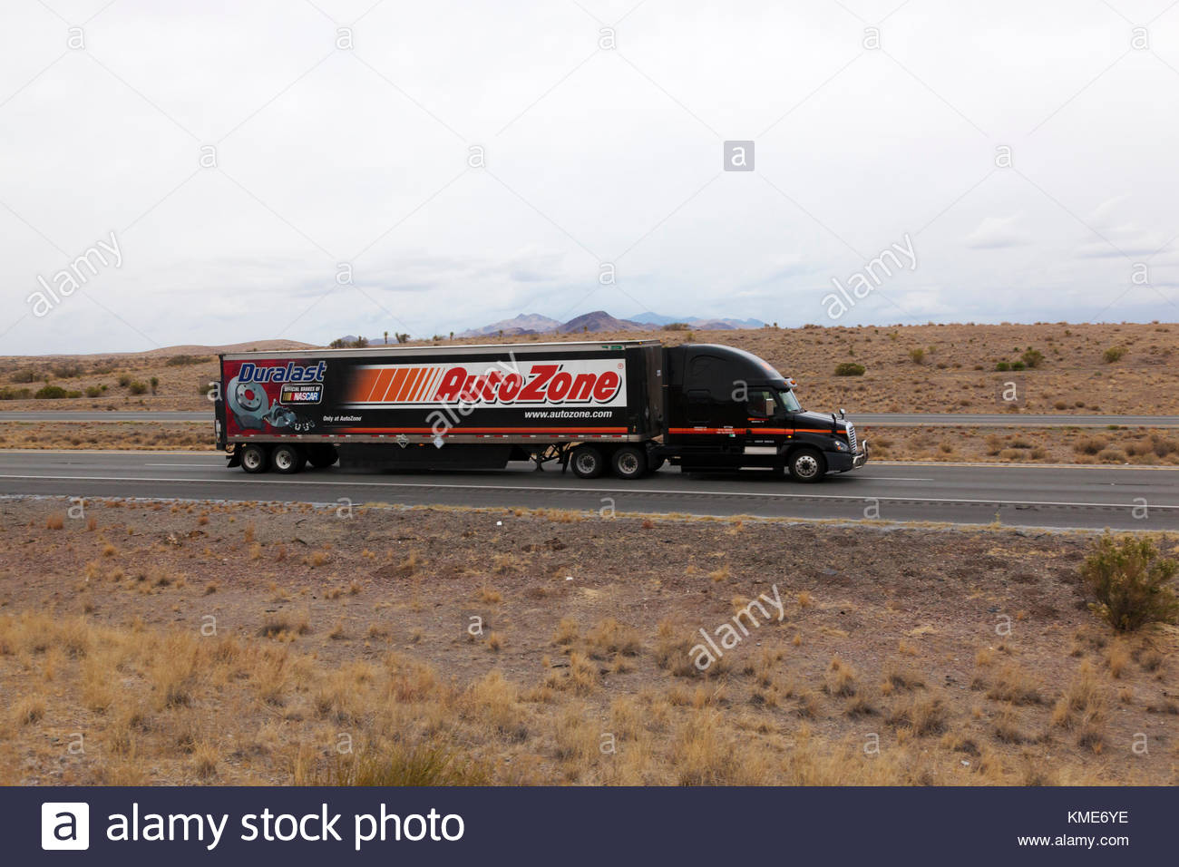 File also C Faf Ebc Ada B C A moreover Semi Tractor Pulling Cargo Trailer Autozone On Interstate In Southeasterrn Kme Ye likewise Frontlights X besides Dump Trailer Hydraulic Pump Wiring Diagram Luxury Installing A For. on interstate trailer wiring diagram