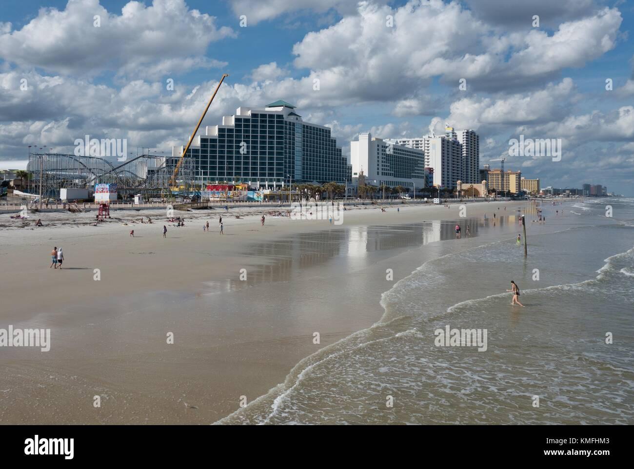 Daytona beach pier florida stock photos daytona beach for Daytona beach fishing pier