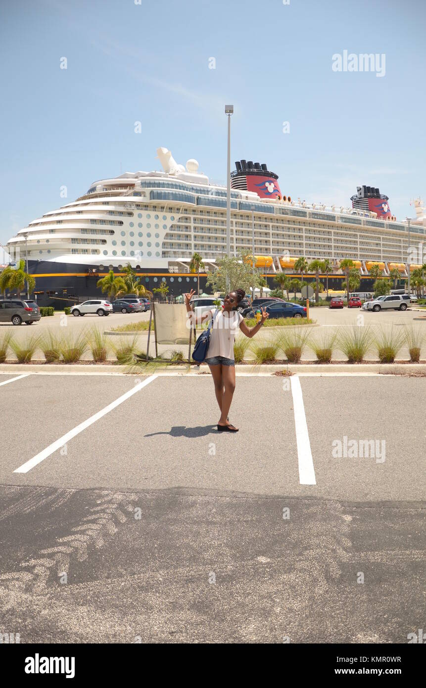 AfroCaribbean Woman At The Port Canaveral Cruise Port In Orlando - Orlando cruise port