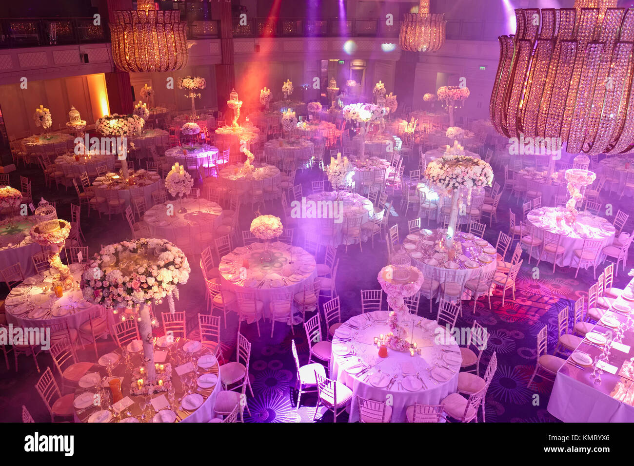 Table decorations at high end hotel wedding reception event Stock ...
