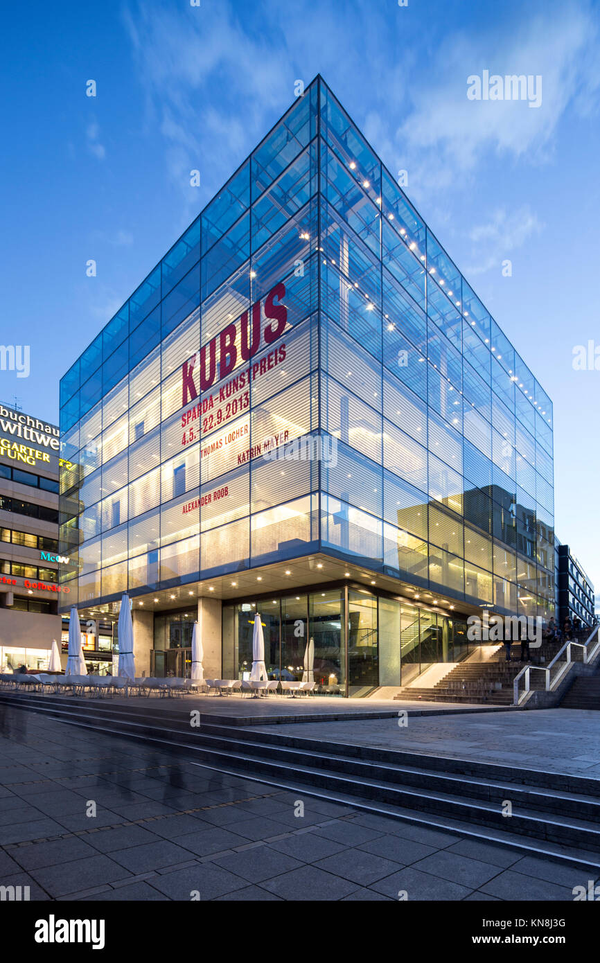 Kubus Hannover kubus modern museum hannover germany stock photo royalty
