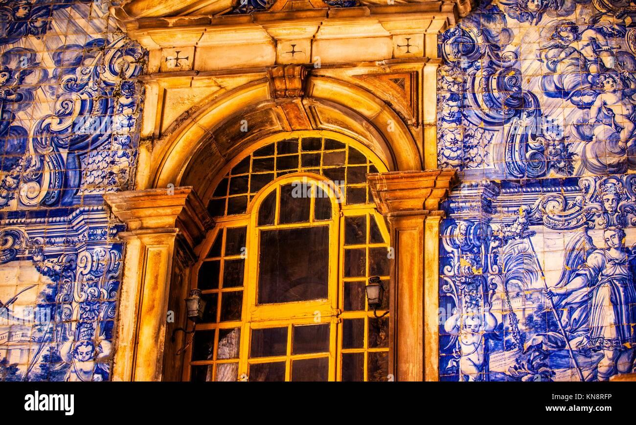 Blue tiles window porta da vila southern gate 18th century tiles blue tiles window porta da vila southern gate 18th century tiles 11th century castle wall obidos portugal castle and walls built in 11th century shiifo