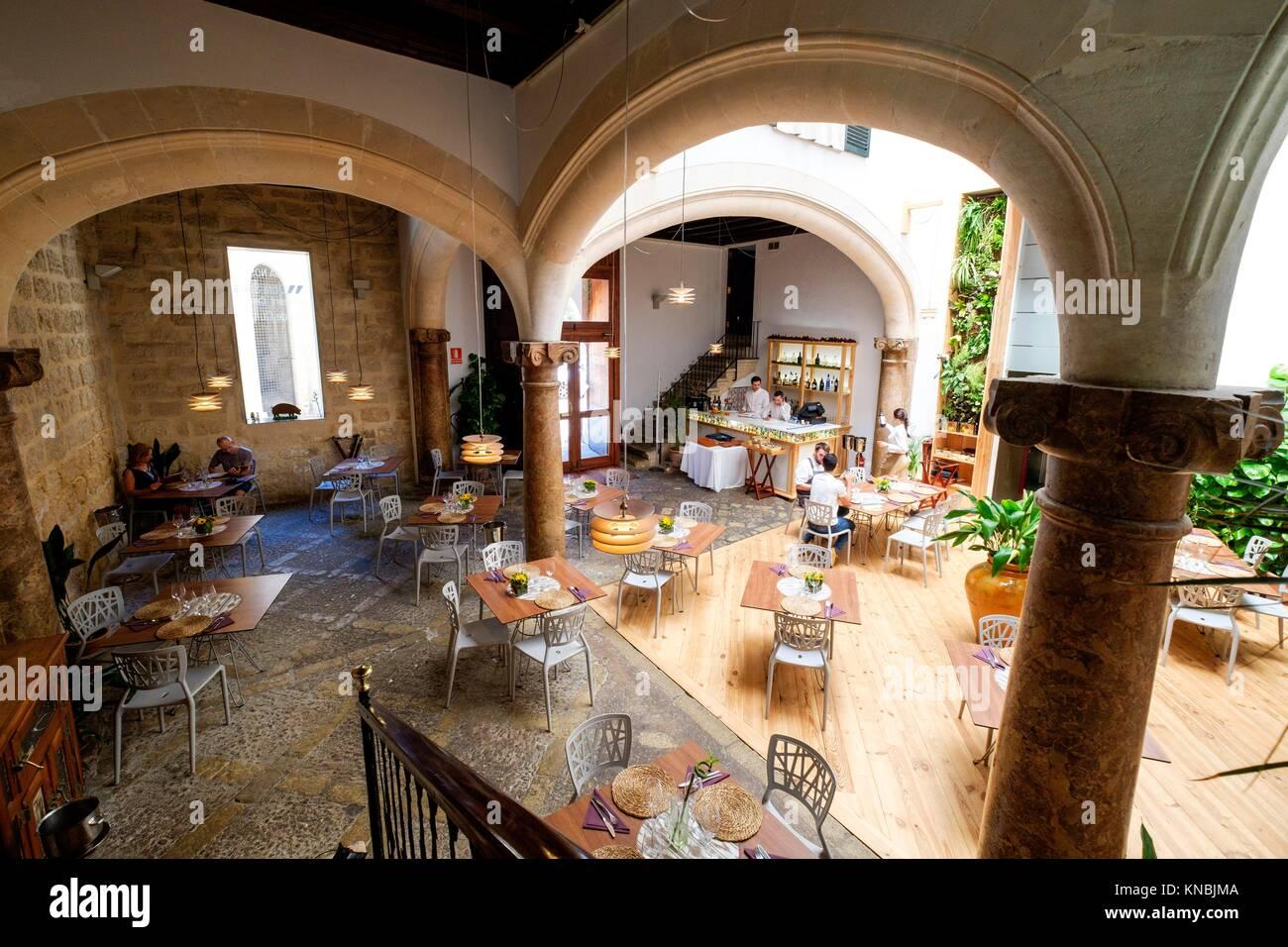Mallorca palma cafe restaurant stock photos mallorca for Sa nostra oficinas palma