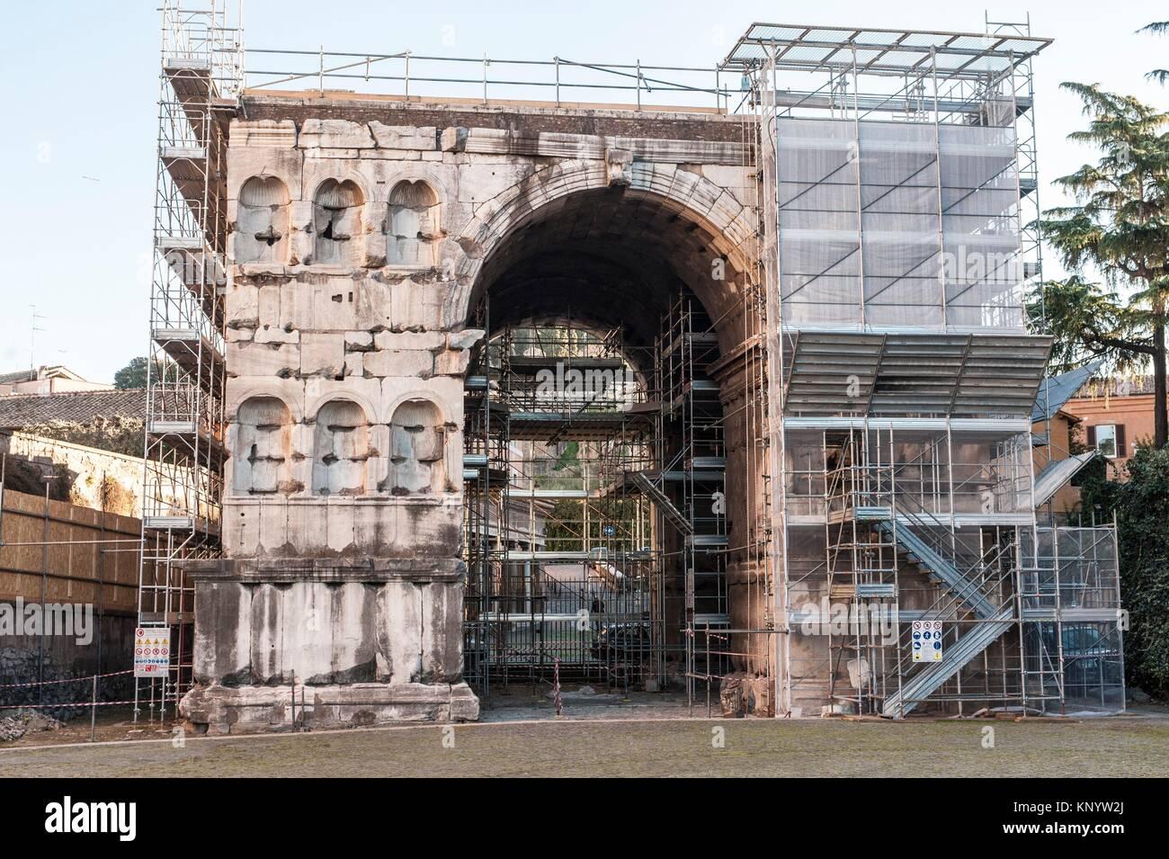 Giano stock photos giano stock images alamy for Arco arredamenti san giorgio