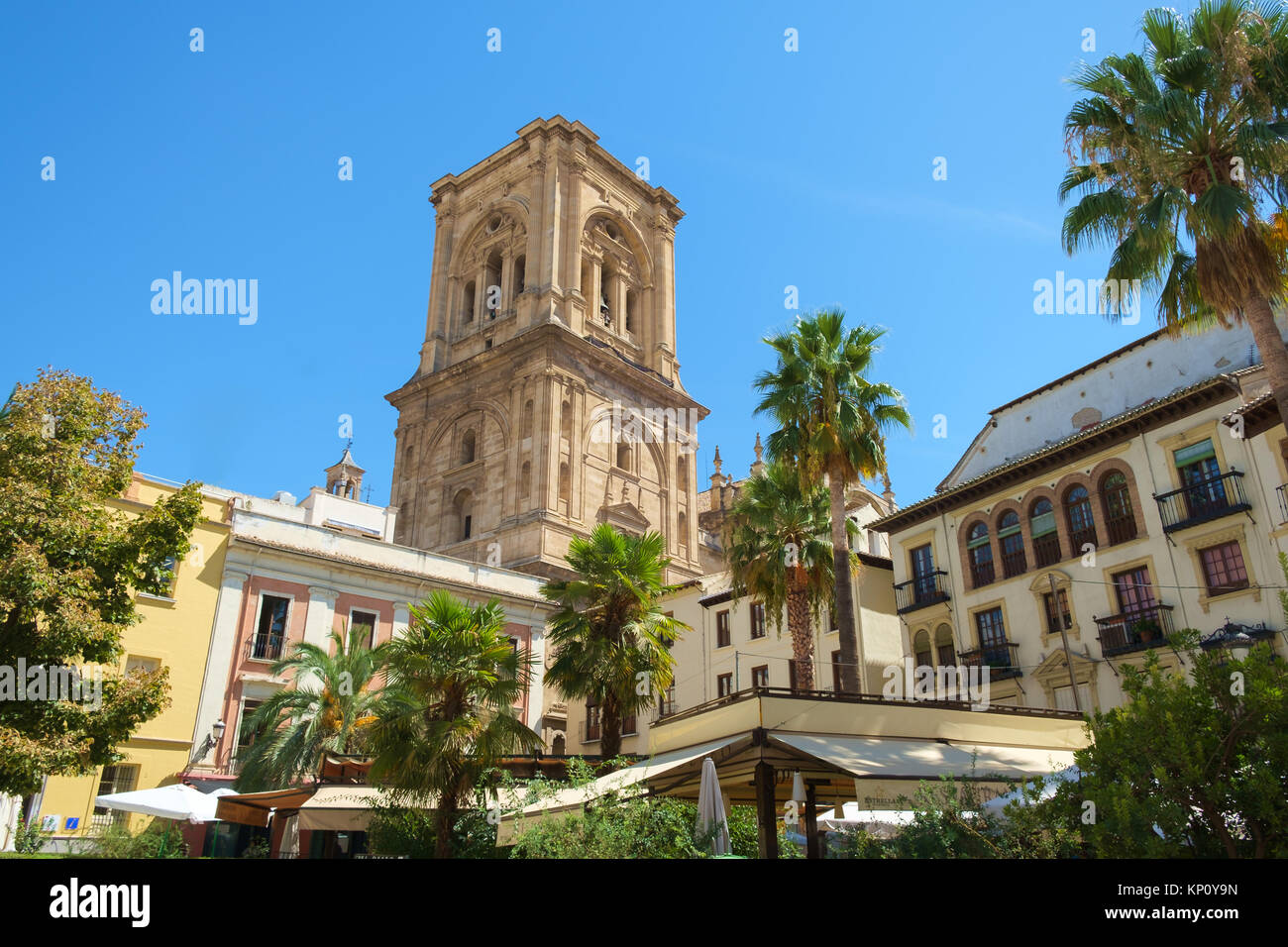 el granada catholic singles Like agra, india, and the taj mahal, the andalusian city of granada in southern spain is so well known for a single monument — the alhambra, a walled fortress housing magnificent 13th- to 15th.