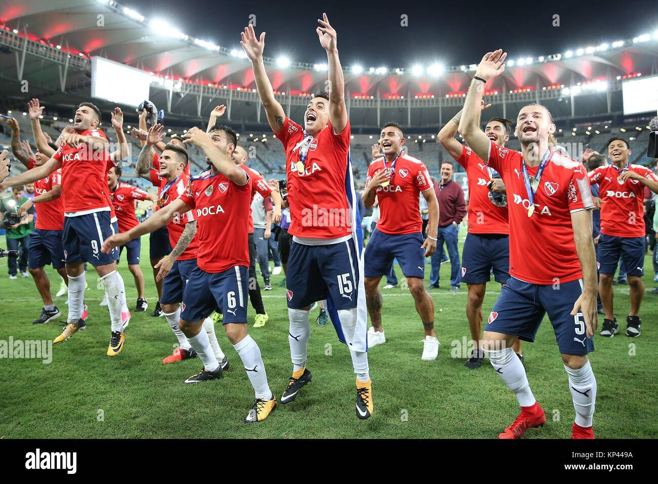 Rio de janeiro brazil 13th dec 2017 players of argentinas stock rio de janeiro brazil 13th dec 2017 players of argentinas independiente greet to the fans after the awarding ceremony after the 2nd phase of final at m4hsunfo