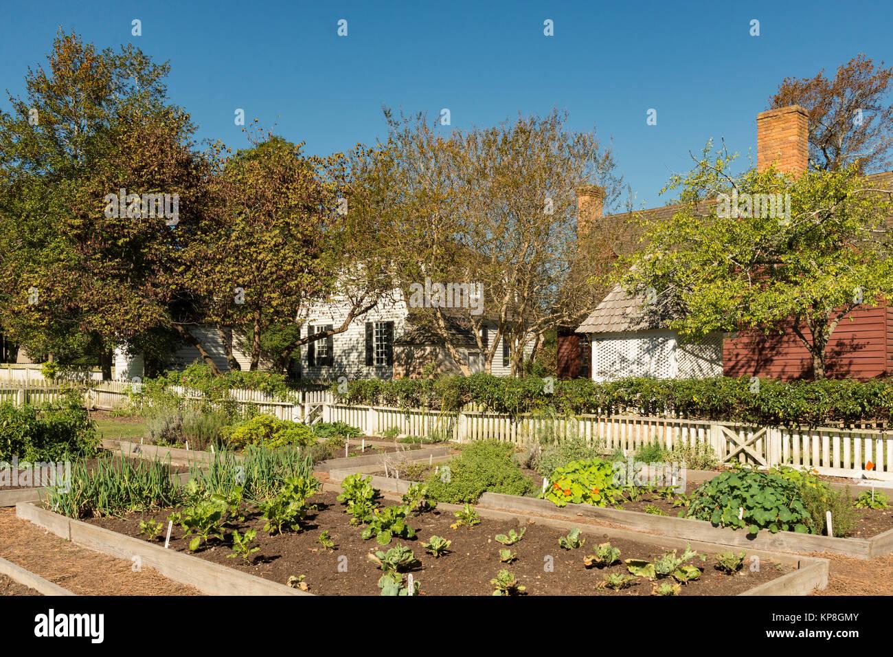 Colonial Williamsburg Garden Behind Homes Along Duke Of Gloucester Street