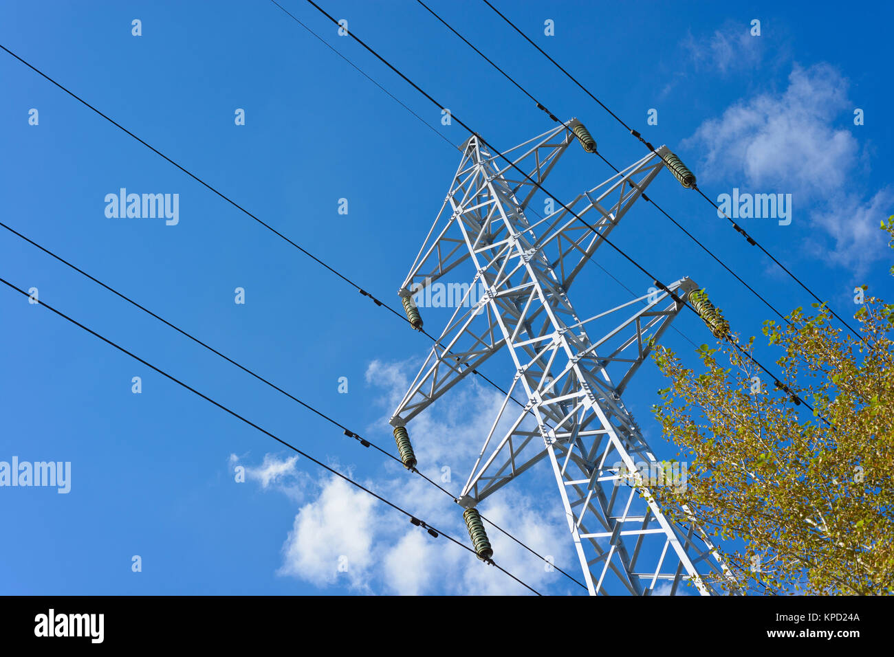 structure for holding wires - ground wire overhead power lines and ...