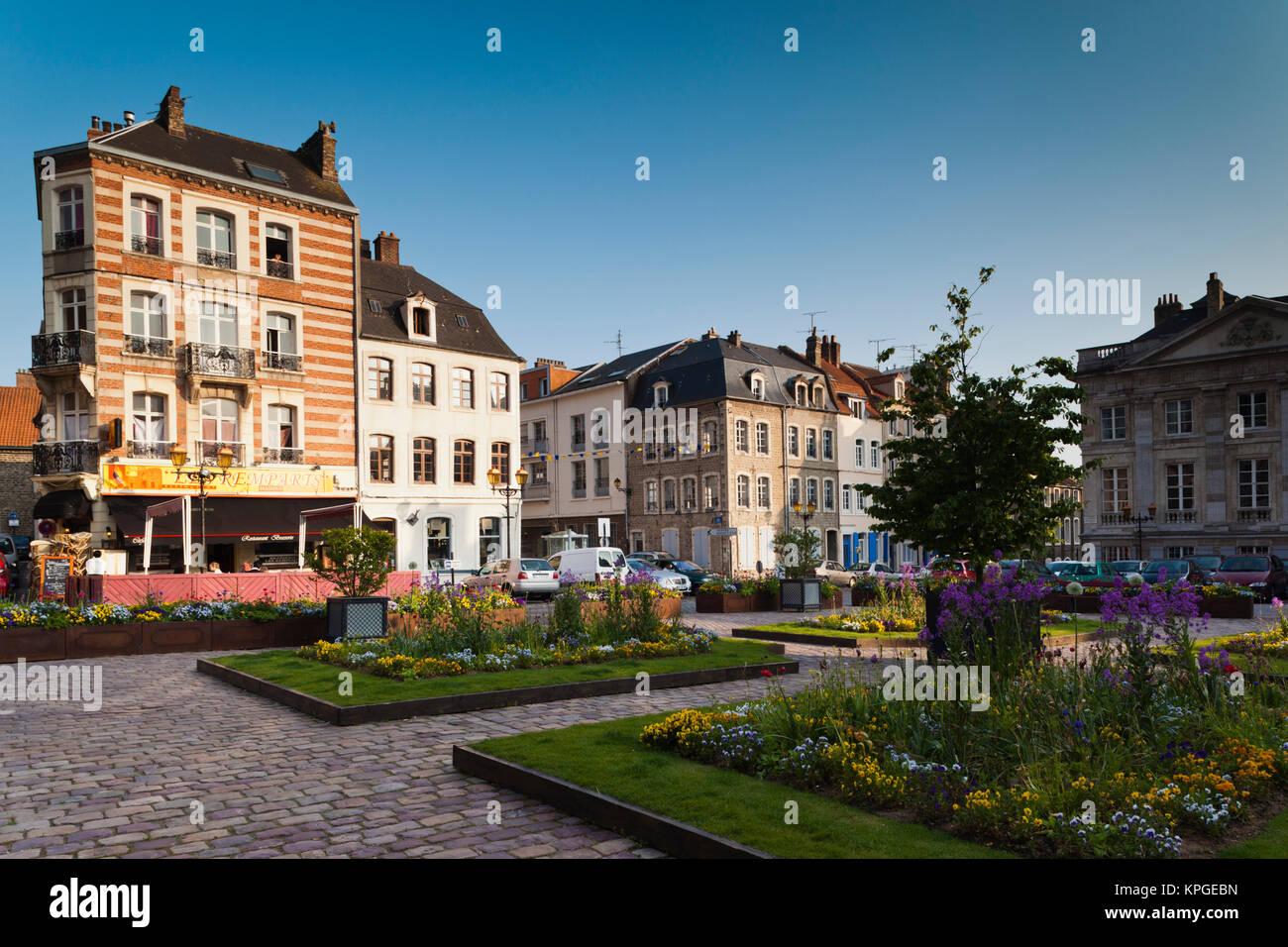 Place godefroy de bouillon stock photos place godefroy for Piscine de boulogne billancourt horaires