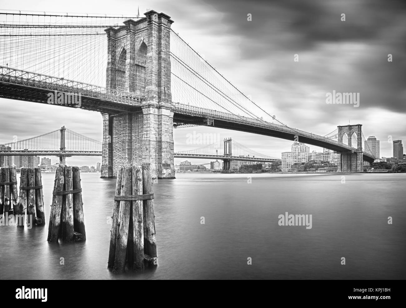 Hdr view of brooklyn bridge and manhattan bridge black and white hdr view of brooklyn bridge and manhattan bridge black and white image malvernweather Images