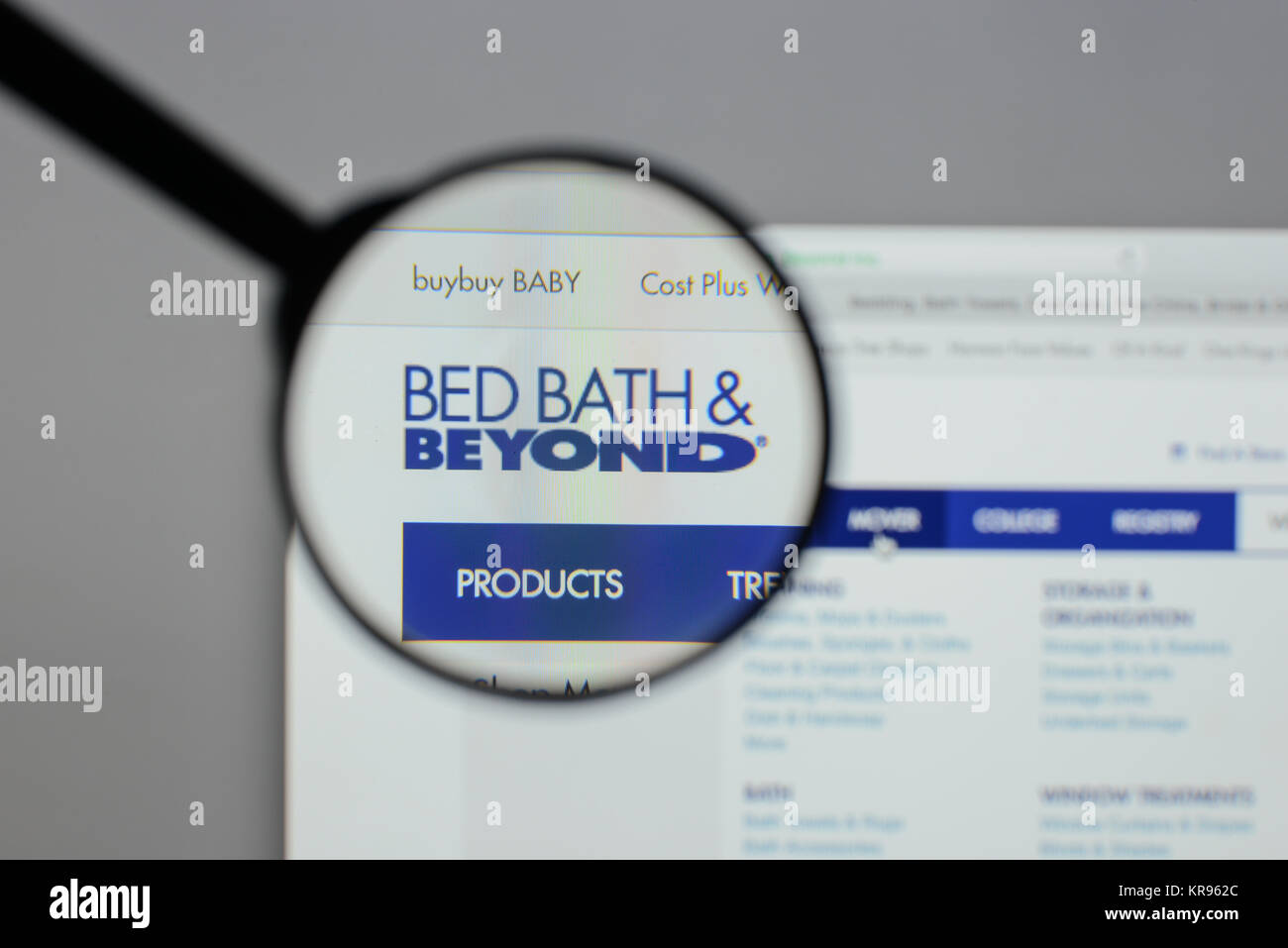 Bed Bath And Beyond Stock Photos Amp Bed Bath And Beyond
