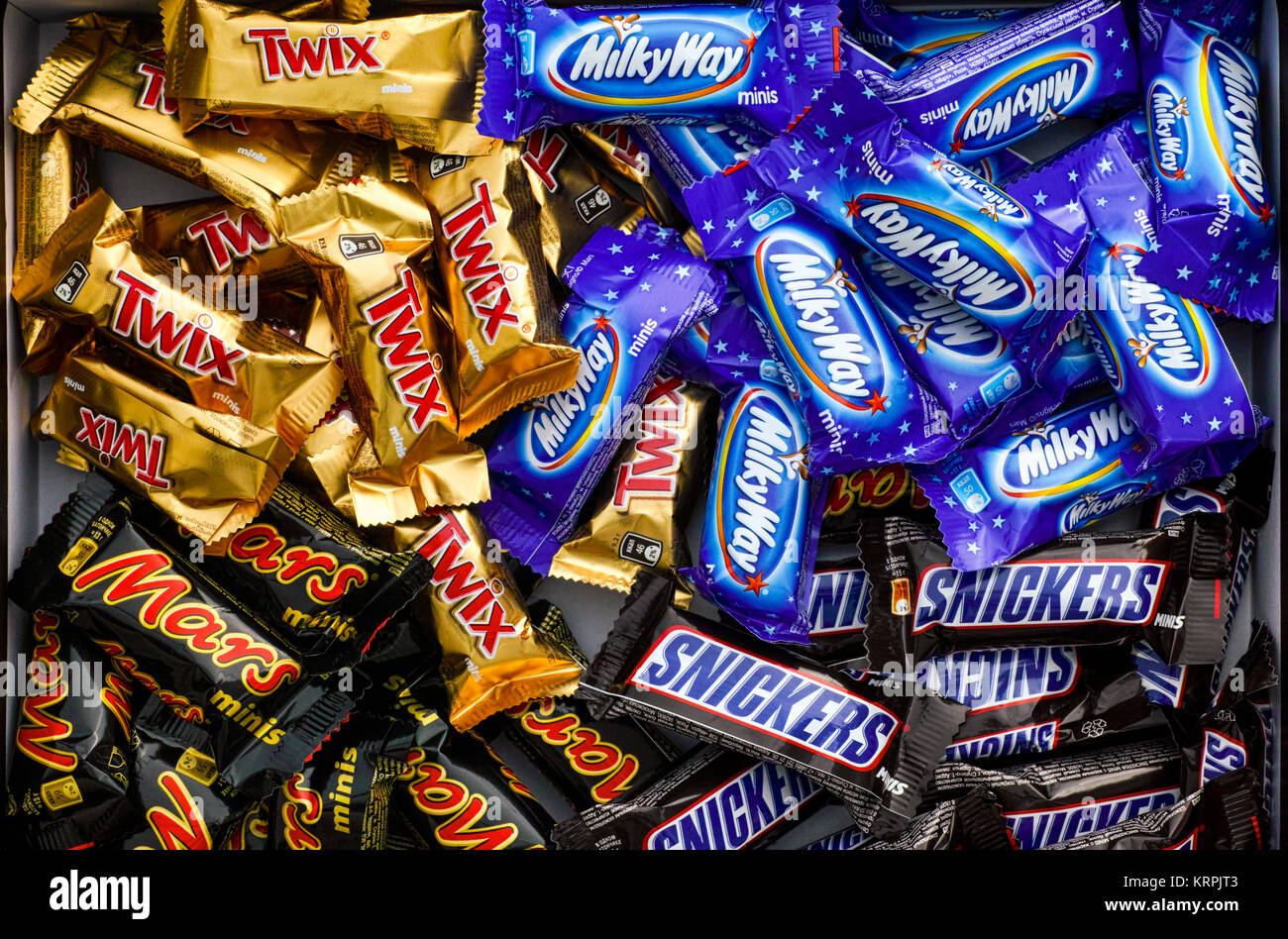 Mars chocolate bar wrapper stock photos mars chocolate bar wrapper tambov russian federation november 15 2017 snickers mars milky way and buycottarizona Gallery