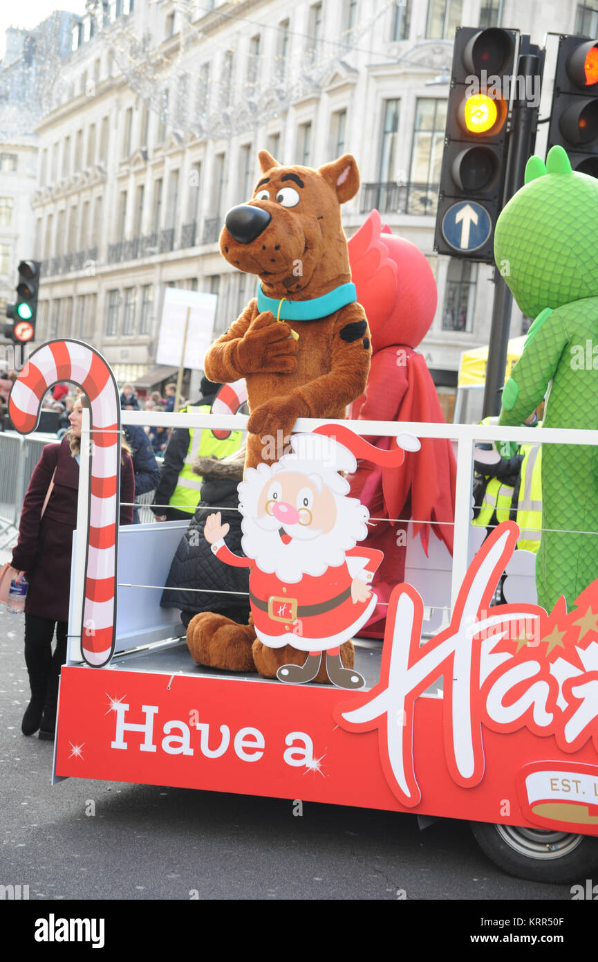 Toy Store Hamleys Takes Over A Traffic Free Regent Street London