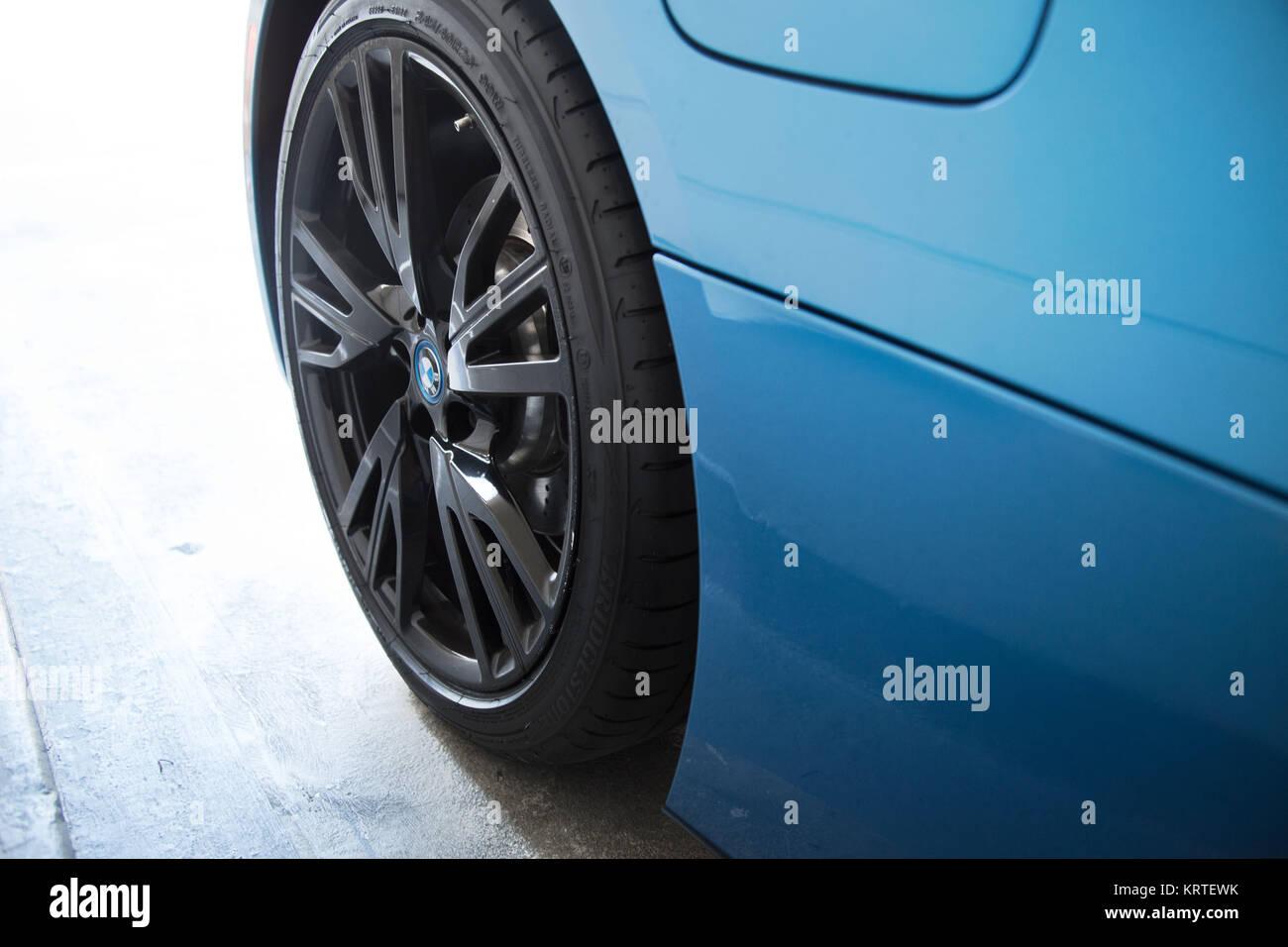 Bmw I8 Coupe Blue Black Exterior Detail Stock Photo 169568943 Alamy
