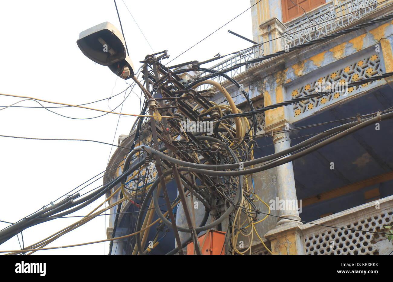 Electric wire telephone pole Delhi India Stock Photo: 169619724 - Alamy