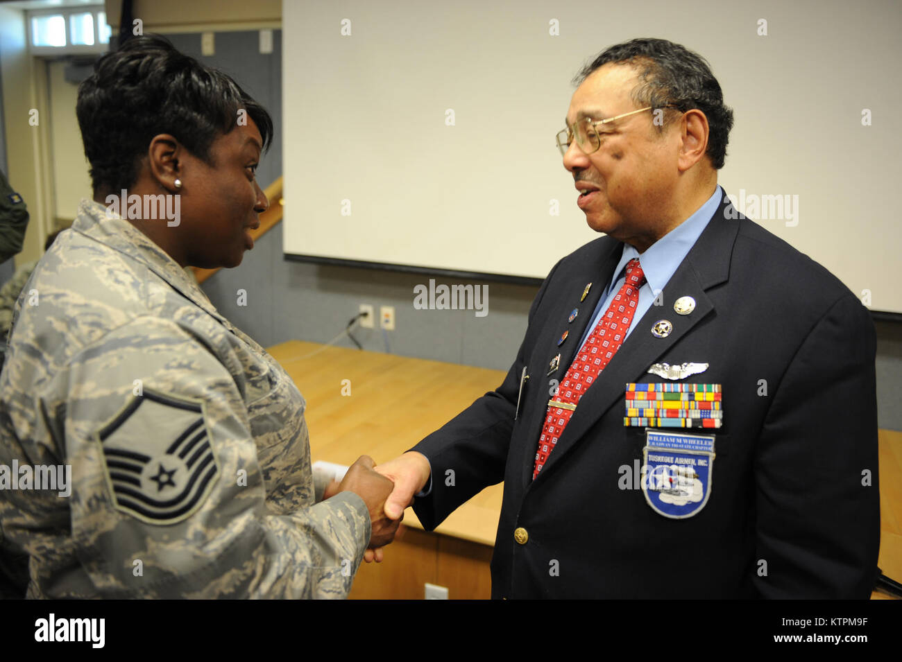 a chief lieutenant of the tuskegee View notes - book assignment from history 2091 at florida a&m juliet martin amh 2091 november 16, 2010 dr sylvester cohen questions for a chief lieutenant of the tuskegee machine 1 discuss the.