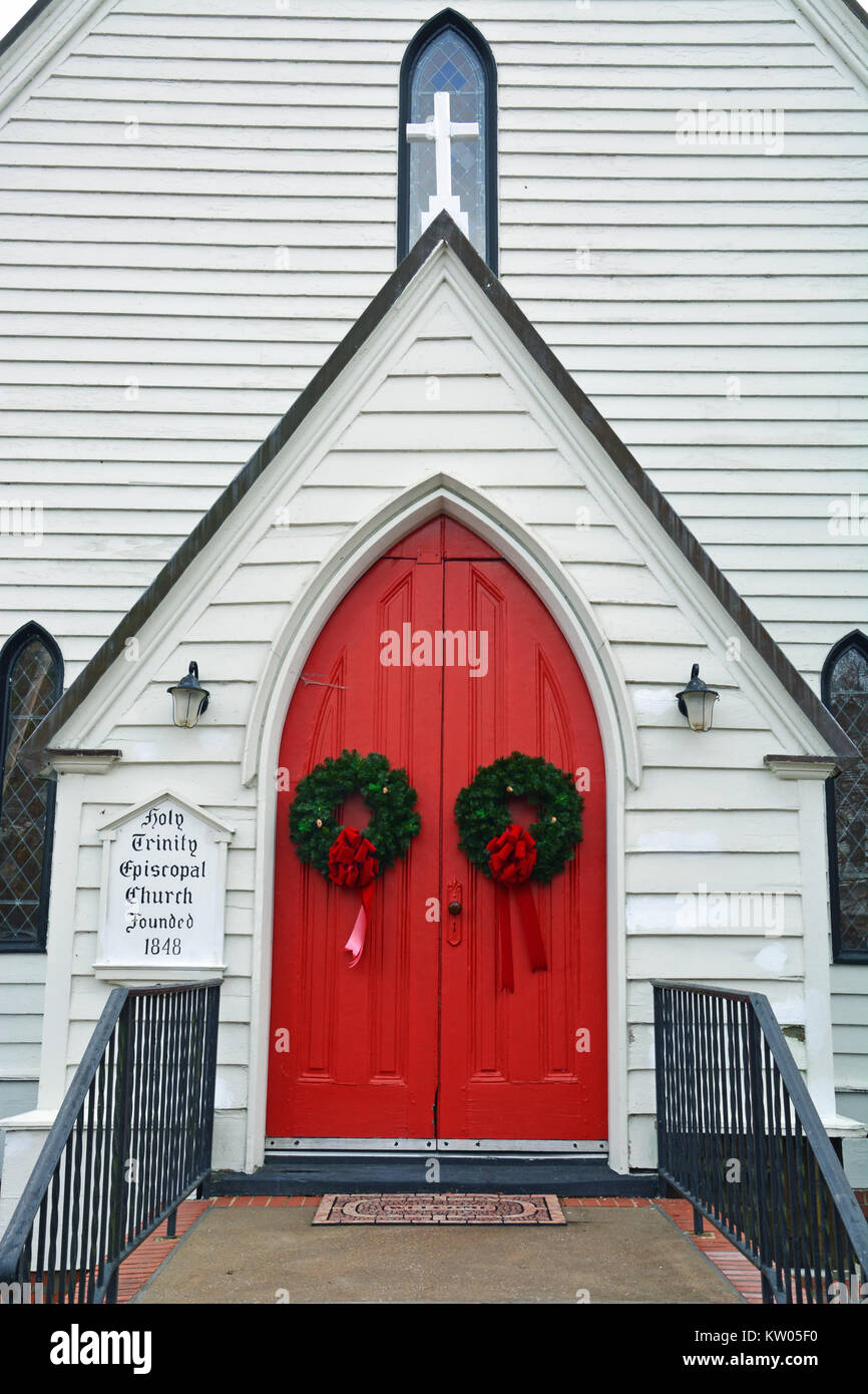 Christmas Wreaths Decorate The Main Doors To The Holy Trinity Stock