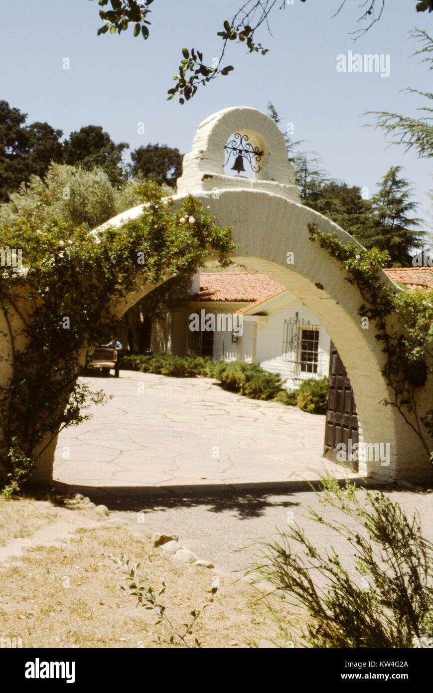 Spanish Colonial Revival Style Arch And Architecture California