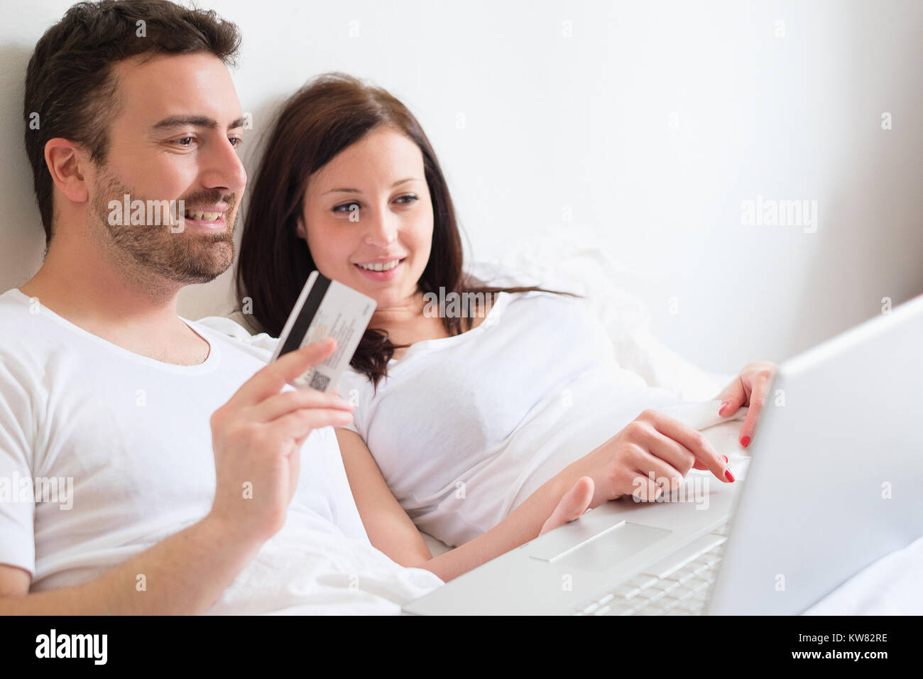 couple searching for girl