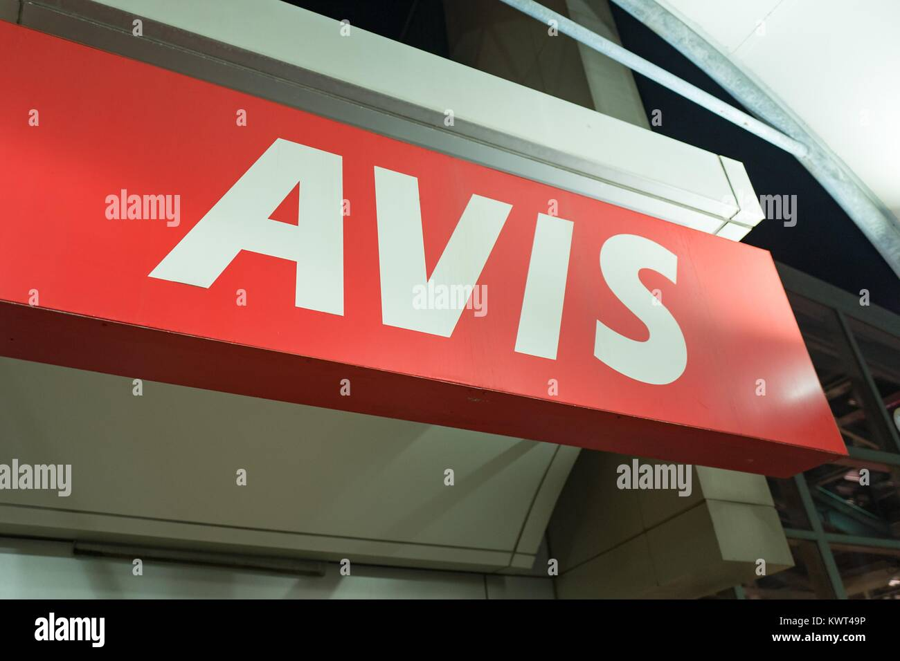 Avis car rental rochester new york airport 10