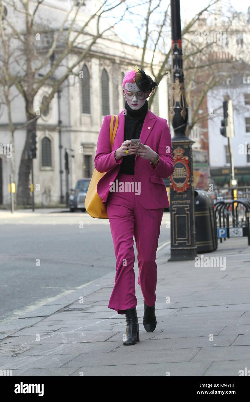London Uk 7th January 2018 Street Style At London Fashion Week