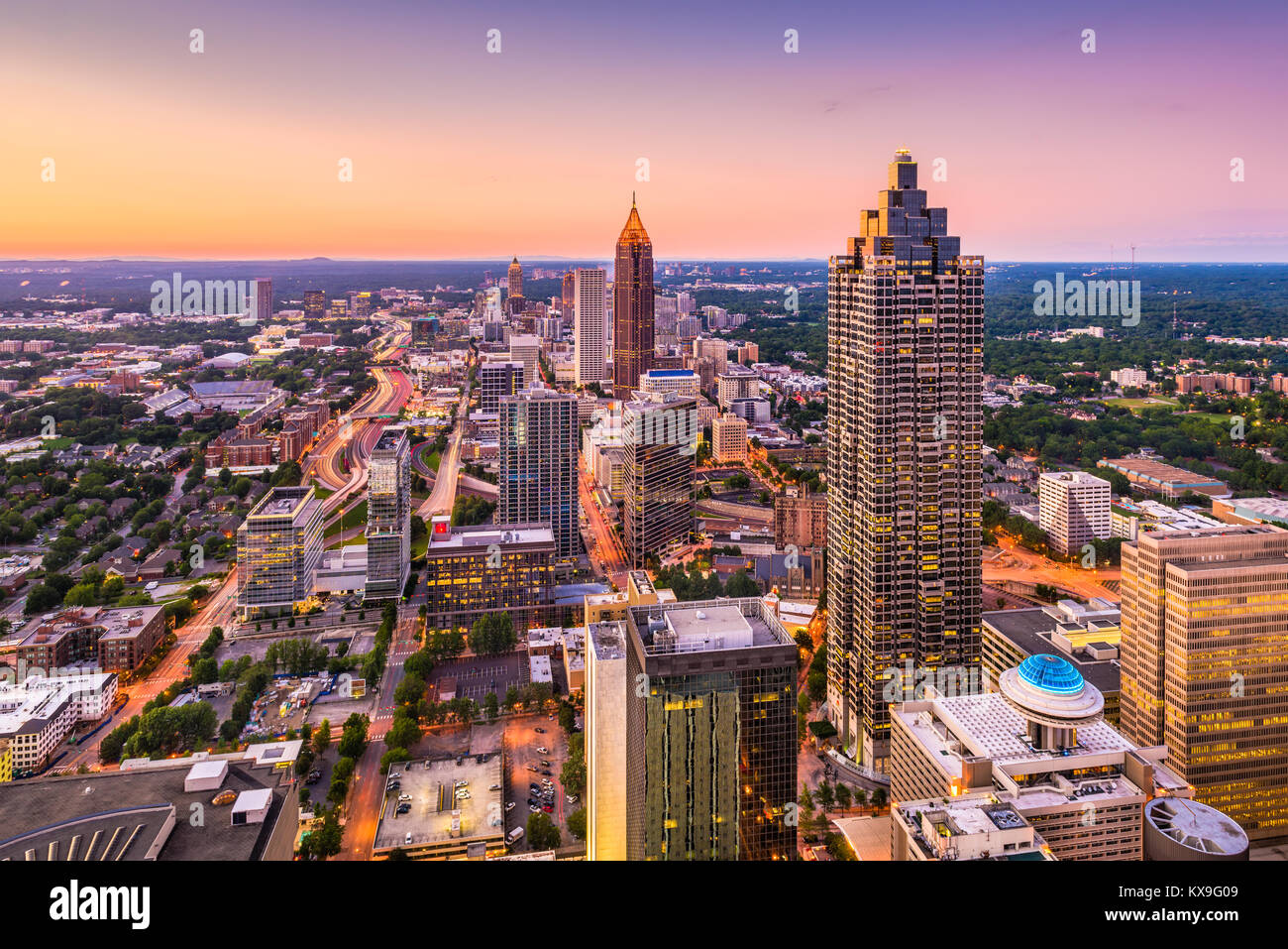 aerial view atlanta stock photos aerial view atlanta stock images alamy. Black Bedroom Furniture Sets. Home Design Ideas
