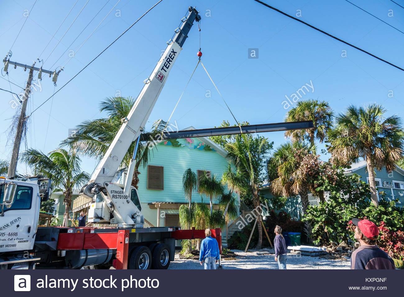 Florida Anna Maria Island Holmes Beach Terex Stinger RS70100 Boom Truck Telescopic Crane Lifting Steel Girder