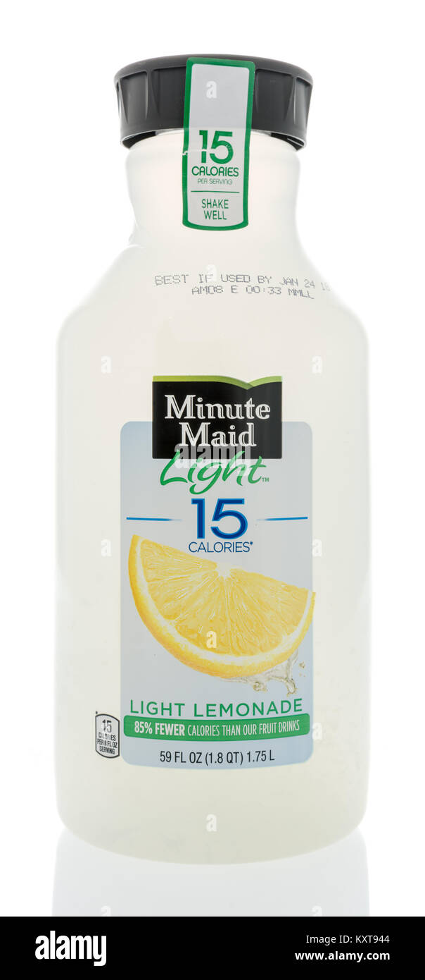 Winneconne, WI   31 December 2017: A Bottle Of Minute Maid Light Lemonade  With Only 15 Calories On An Isolated Background.