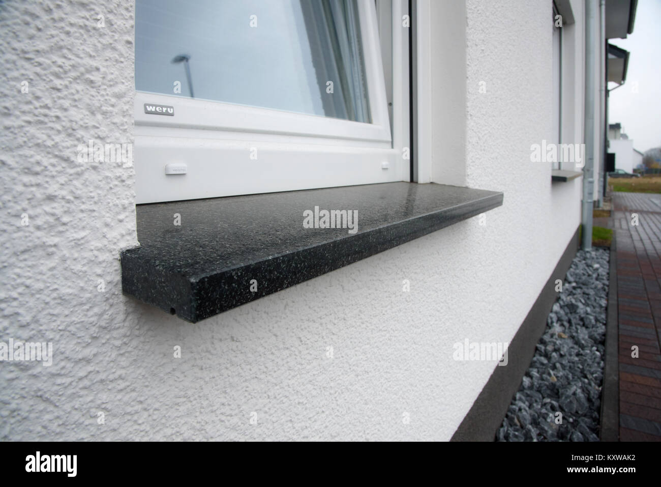 Fensterbänke aus Naturstein Stock Photo: 171431542 - Alamy