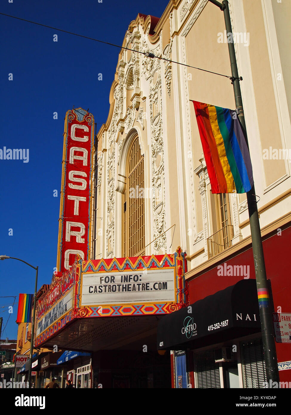 castro theater, castro street, san francisco stock photo: 171587326