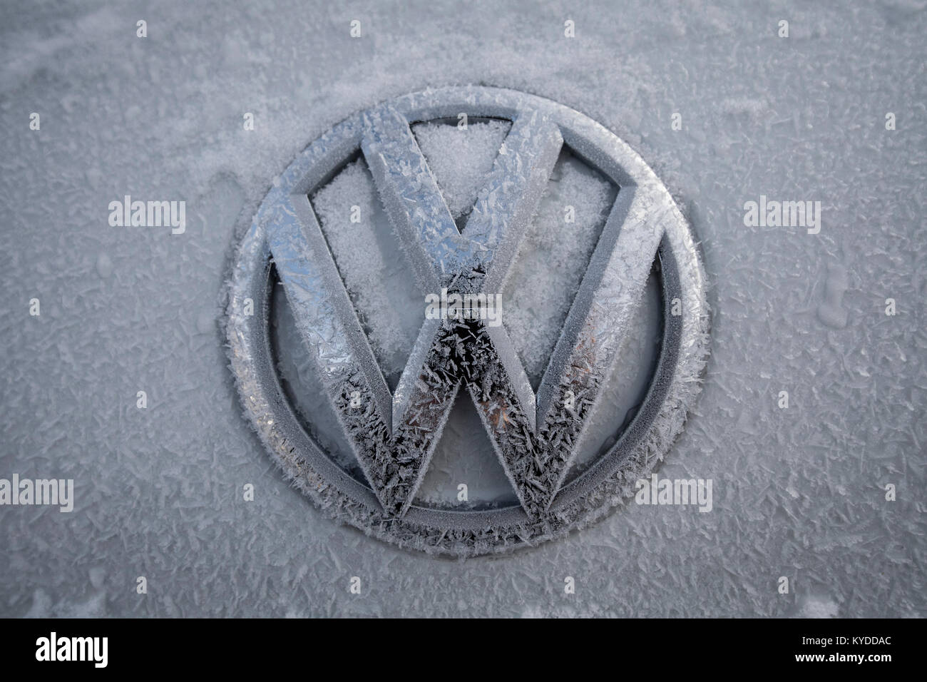 Detroit Usa 14th Jan 2018 The Logo Of A Volkswagen Is Covered In