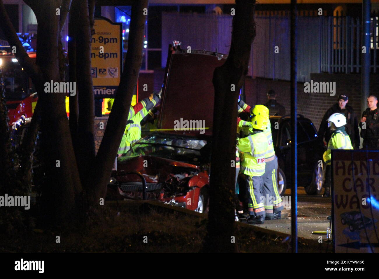 Car Crash Uk Night Stock Photos Amp Car Crash Uk Night Stock