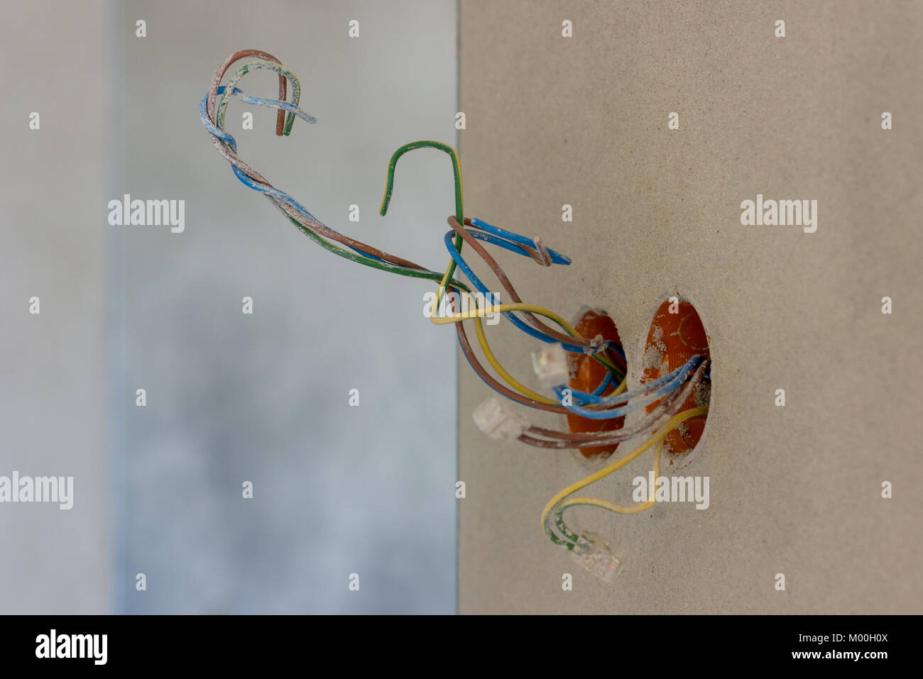 House Electricity Wires In Stock Photos & House Electricity Wires ...