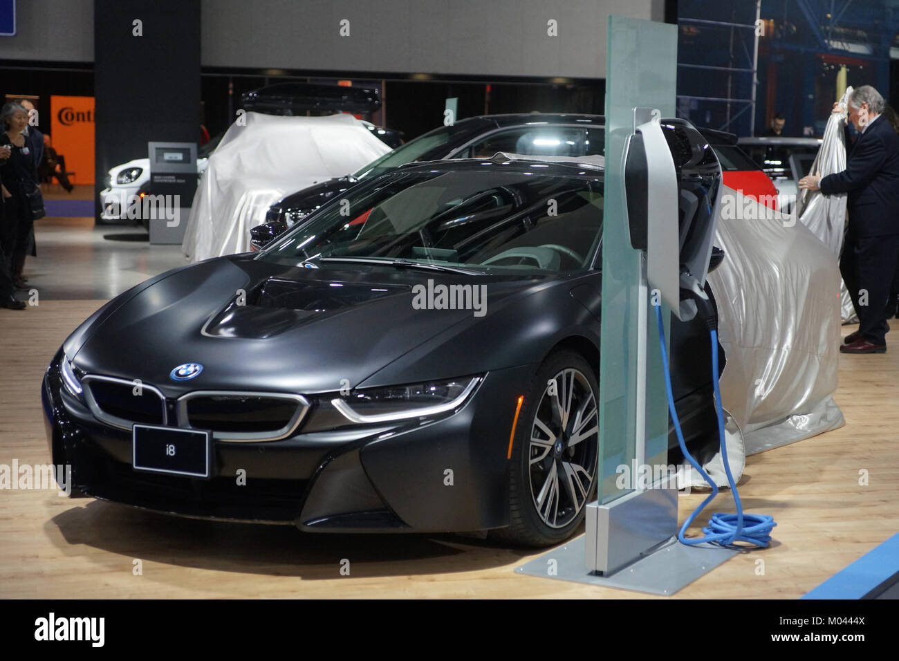 Montreal Canada 18th Jan 2018 Unvieling Of The Bmw I8 Hybrid