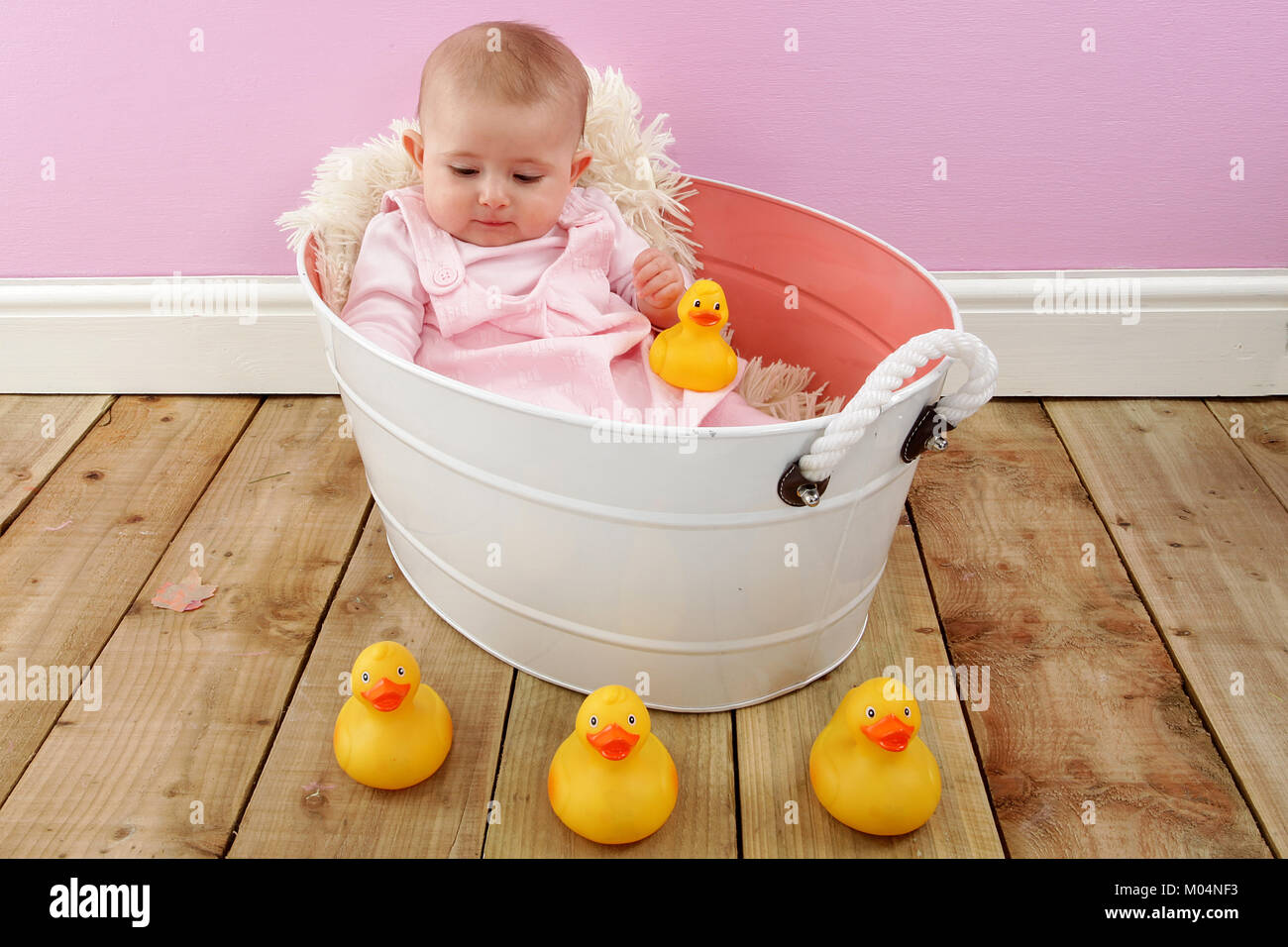 6 month old little girl in vintage tin bath tub Stock Photo ...