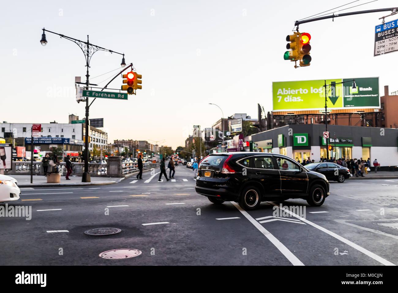 Rush hour traffic new york stock photos rush hour for Department of motor vehicles manhattan