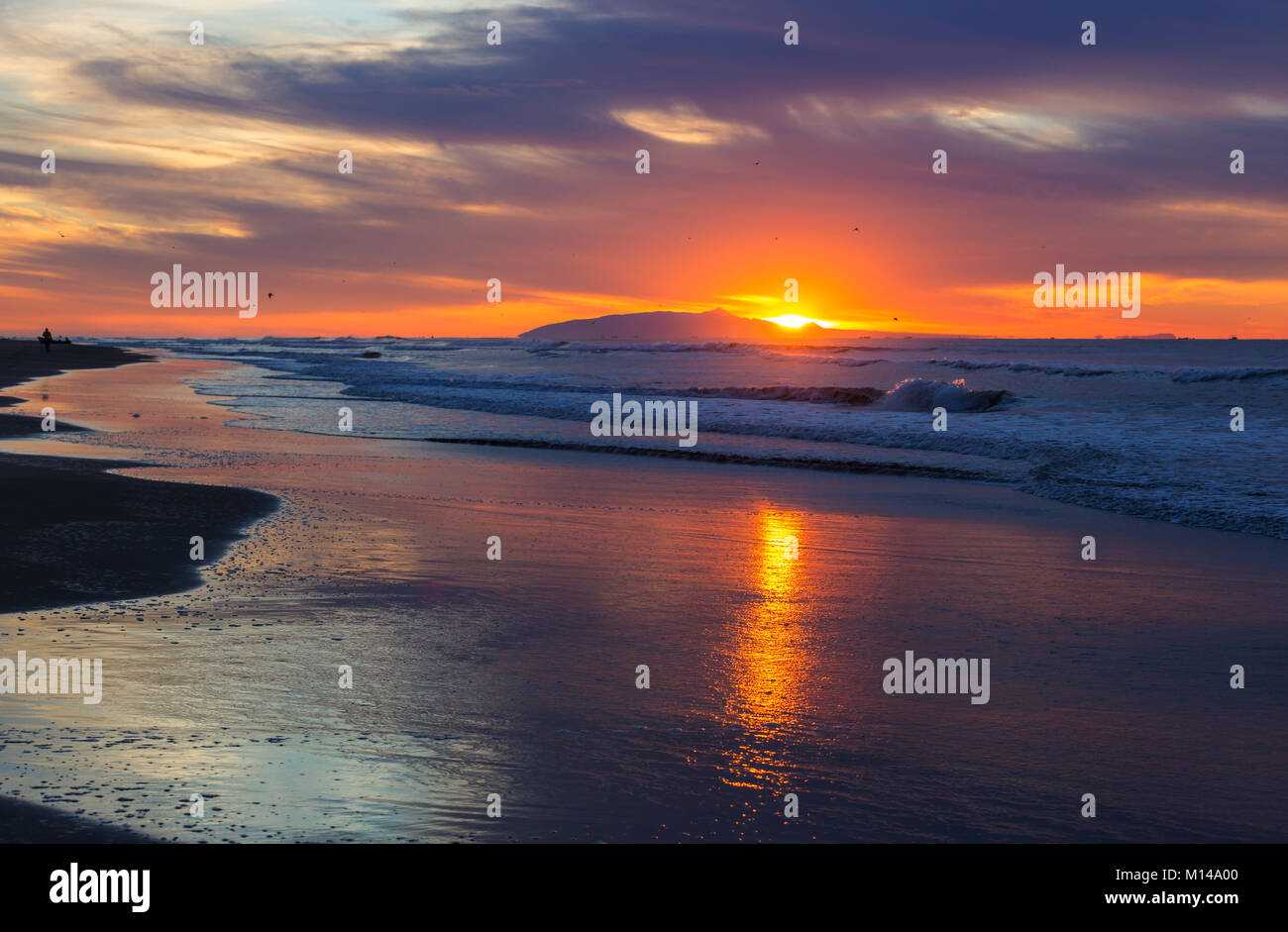 scenic colorful sunset at the sea coast. good for wallpaper or stock