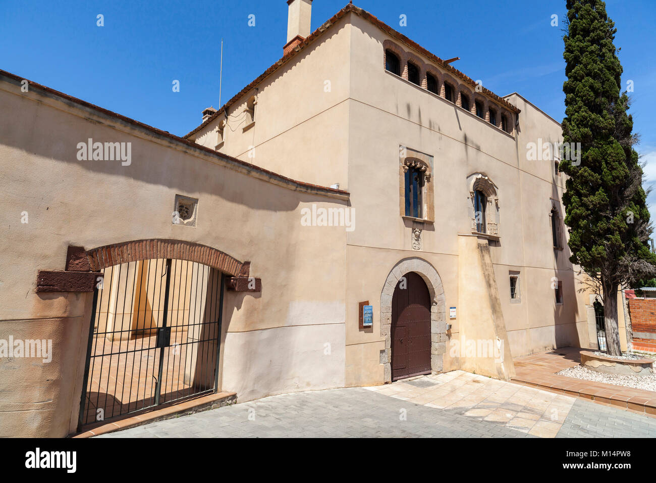 Medieval manor house stock photos medieval manor house for Classic house torrent
