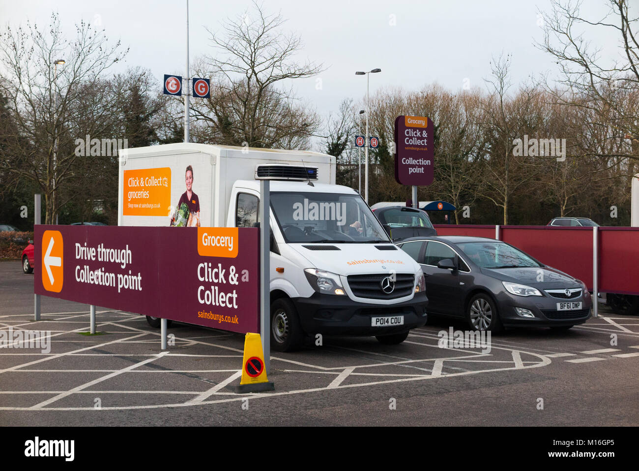 sainsburys click and collect drive through collection point for stock photo 172863213 alamy. Black Bedroom Furniture Sets. Home Design Ideas
