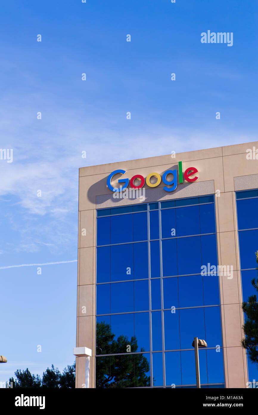 Google office building stock photos google office for Google house builder