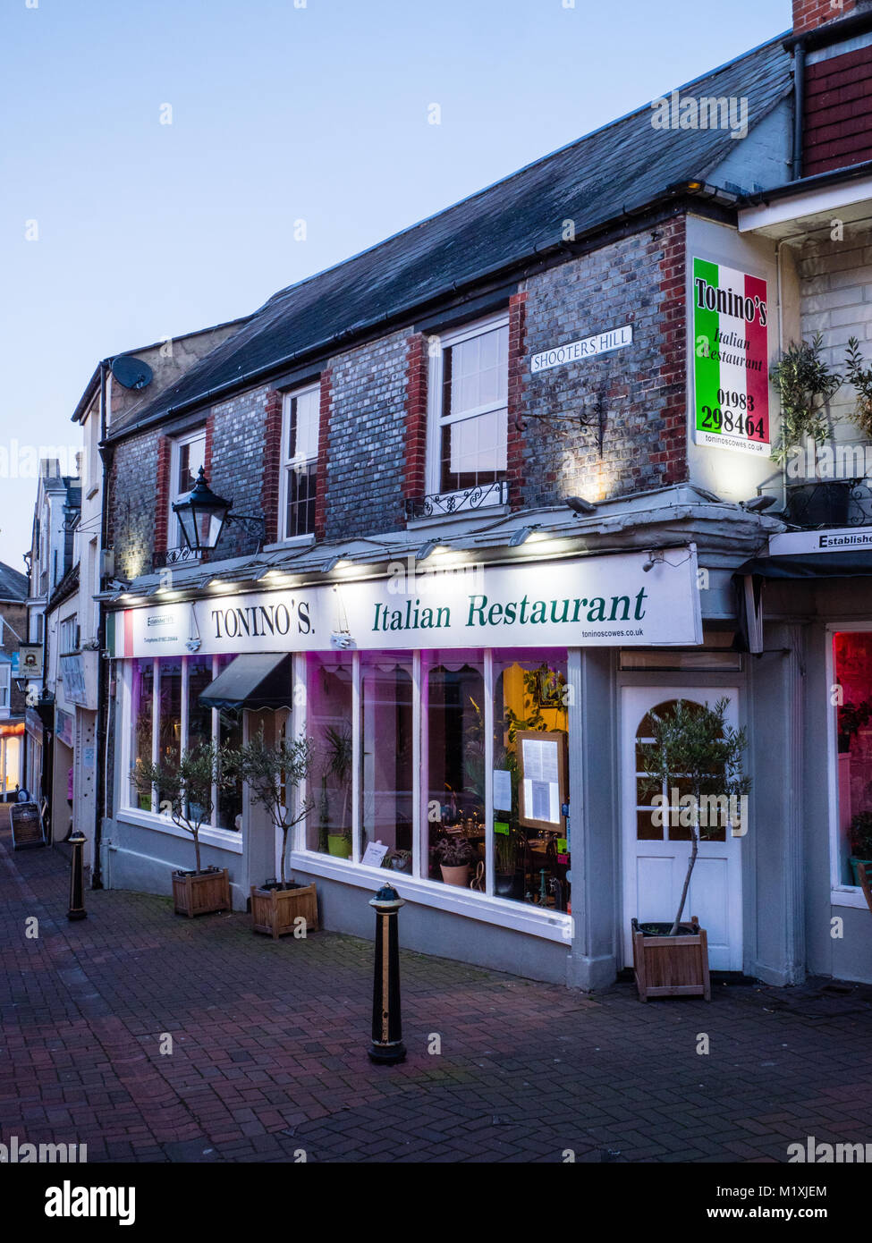 Toninos Italian Restaurant Shooters Hill Cowes Isle Of Wight