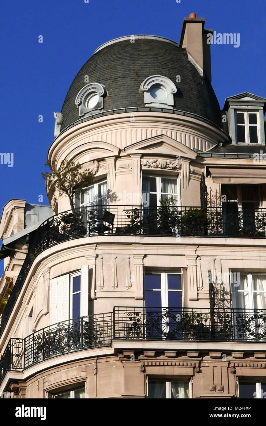 France Paris Haussmann Building Facade Stock Photos