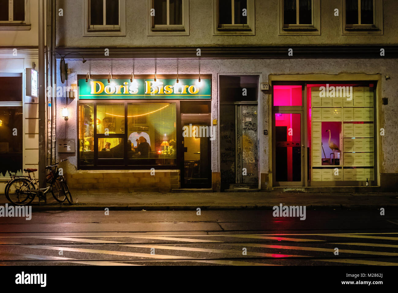 berlin mitte bars stock photos berlin mitte bars stock images alamy. Black Bedroom Furniture Sets. Home Design Ideas