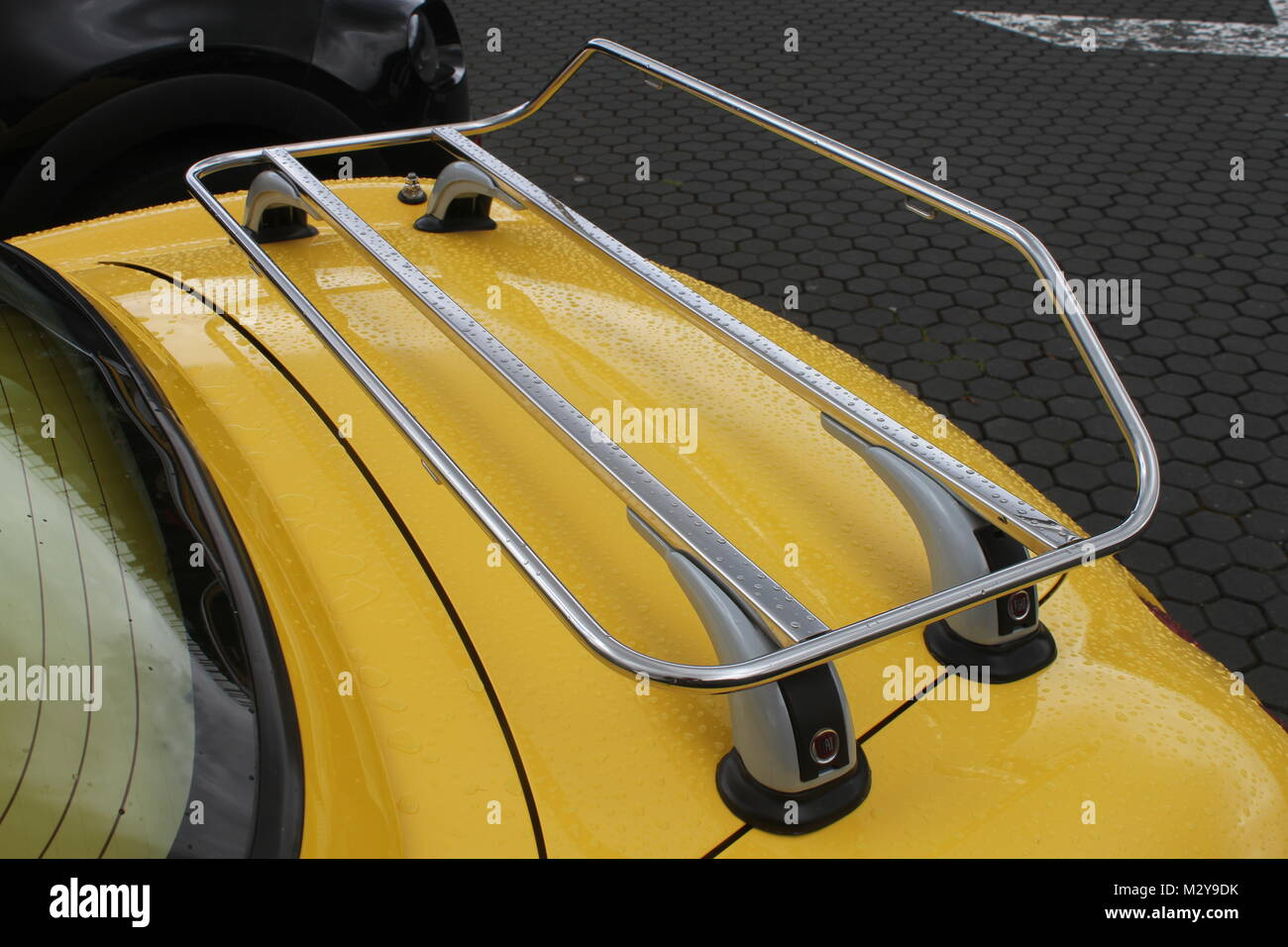 Car Luggage Carrier Stock Photos Amp Car Luggage Carrier Stock Images Alamy