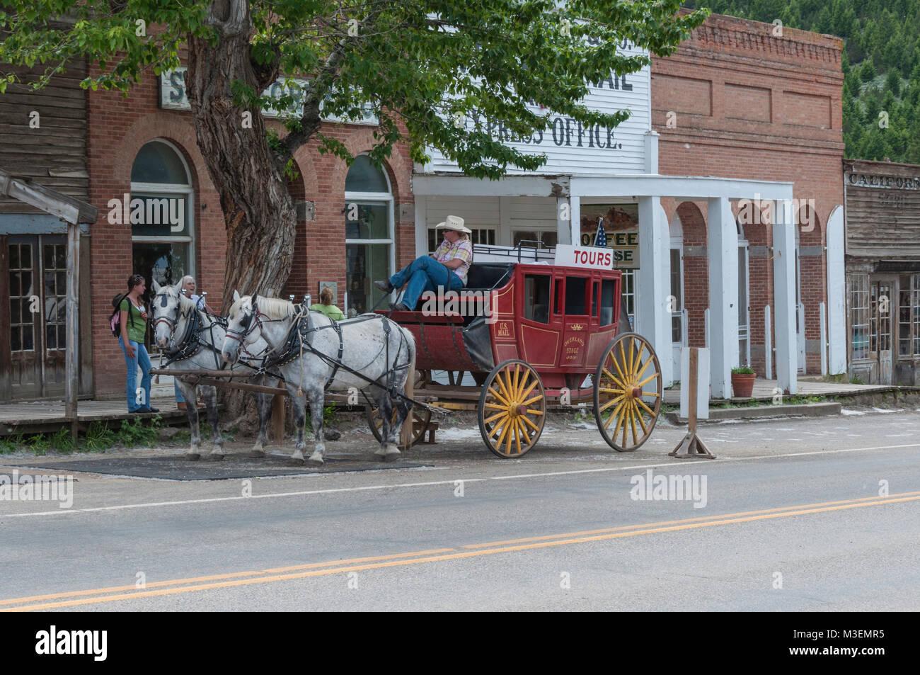 Horse Drawn Stagecoach Stock Photos & Horse Drawn ...