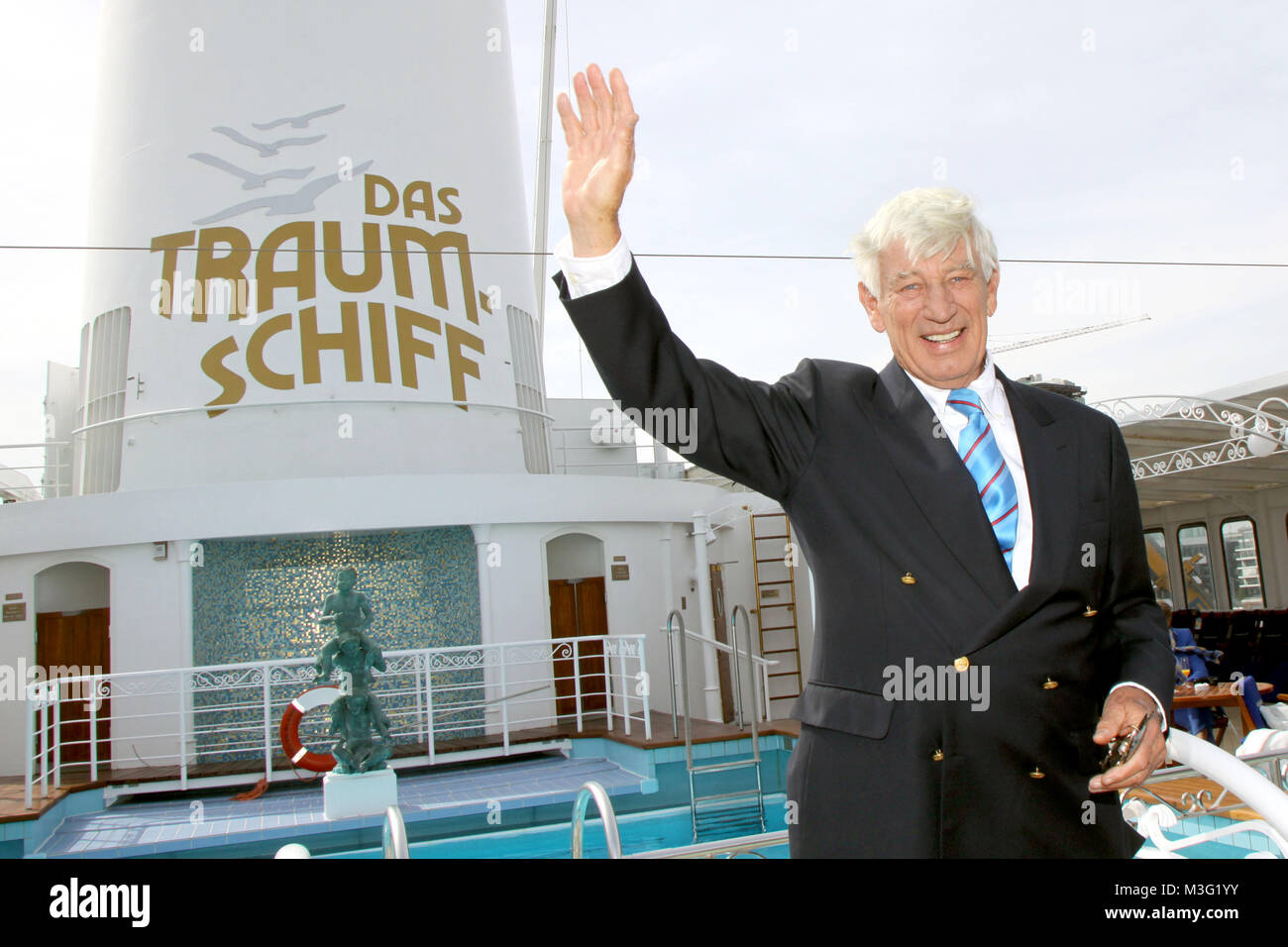 Paulsen Hamburg kerner das traumschiff special hamburg 09 05 2009 kapitaen fred