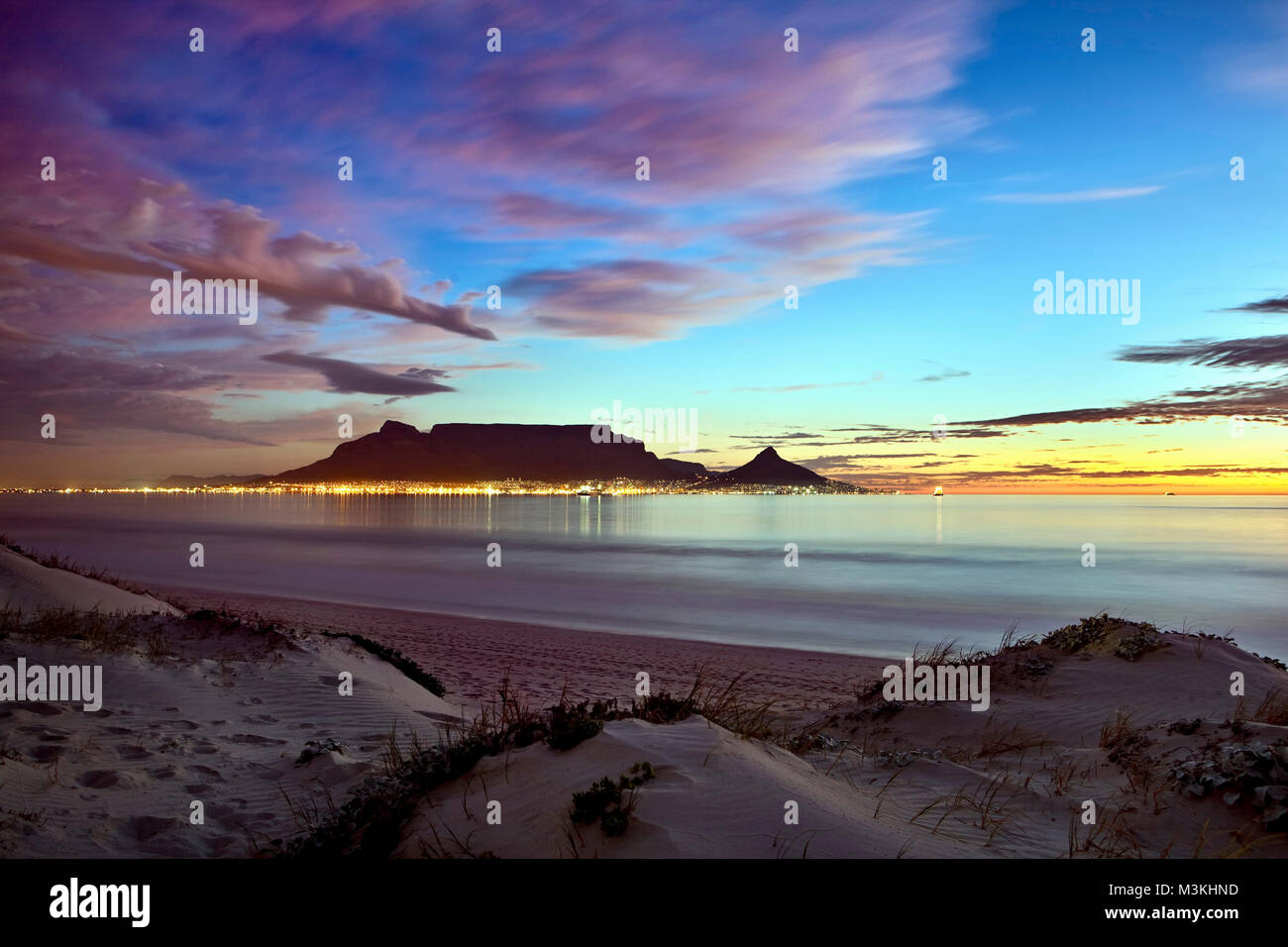 Blouberg beach western cape stock photos blouberg beach - Table mountain wallpaper ...