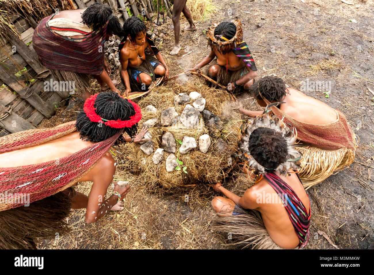 Nude filipina on fb