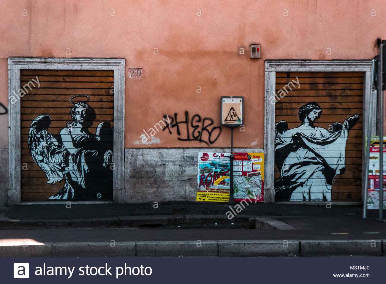 Emozioni stock photos emozioni stock images alamy for Mural work using m seal